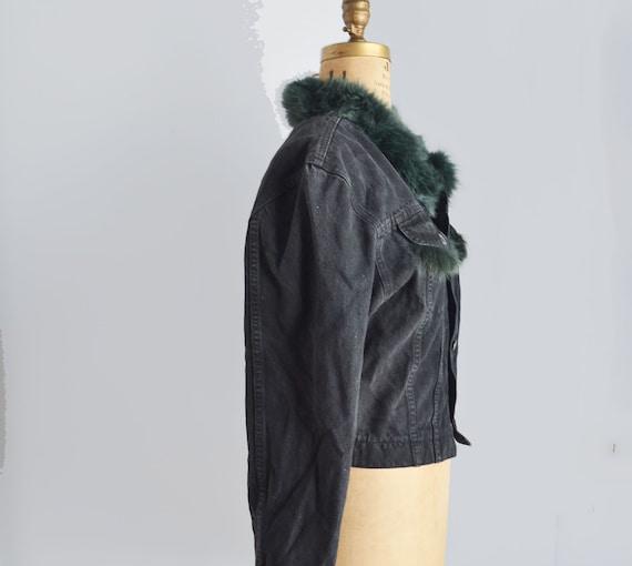 Vintage black denim jacket with fur collar - image 3