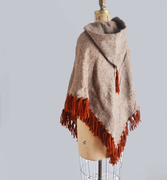 vintage wool poncho - hand loomed poncho - 70s hom