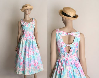 Vintage Floral Summer Dress - 1980s does 1950s Pastel Rainbow Open Back Bow Cotton Sundress - Rockabilly VLV - Small