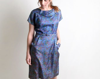 Vintage Paisley 1950s 1960s Wiggle Style Dress - Medium to Large