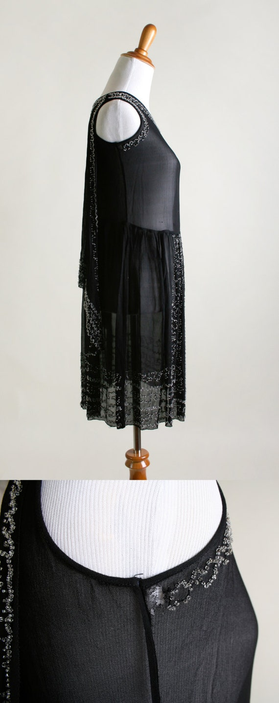Vintage 1920s Dress - Black Beaded Cocktail Flapp… - image 5