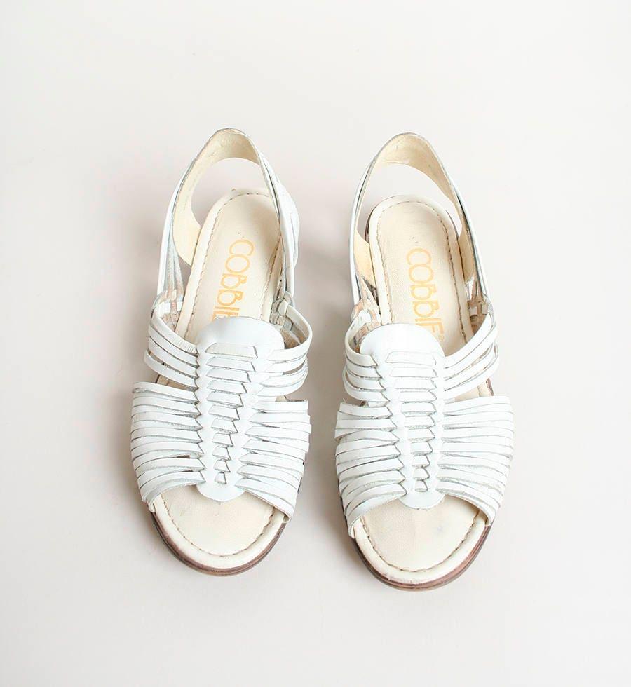 00ecf40d9725 Vintage White Huaraches Leather Woven Flat Sandals Hippie