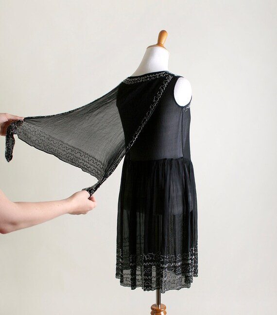 Vintage 1920s Dress - Black Beaded Cocktail Flapp… - image 3