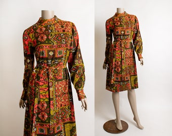 Vintage 1960s Psychedelic Dress - Mod Style Bright Reds & Greens Ornate Stained Glass Sheath with Belt - Long Sleeves - Small Medium