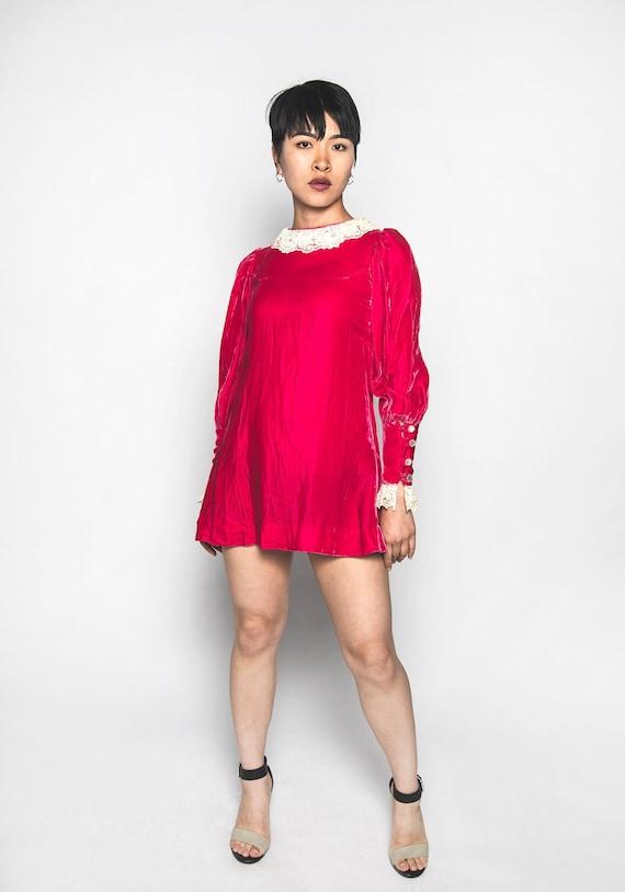 Vintage 1960s Velvet Mini Dress - Twiggy Style - H