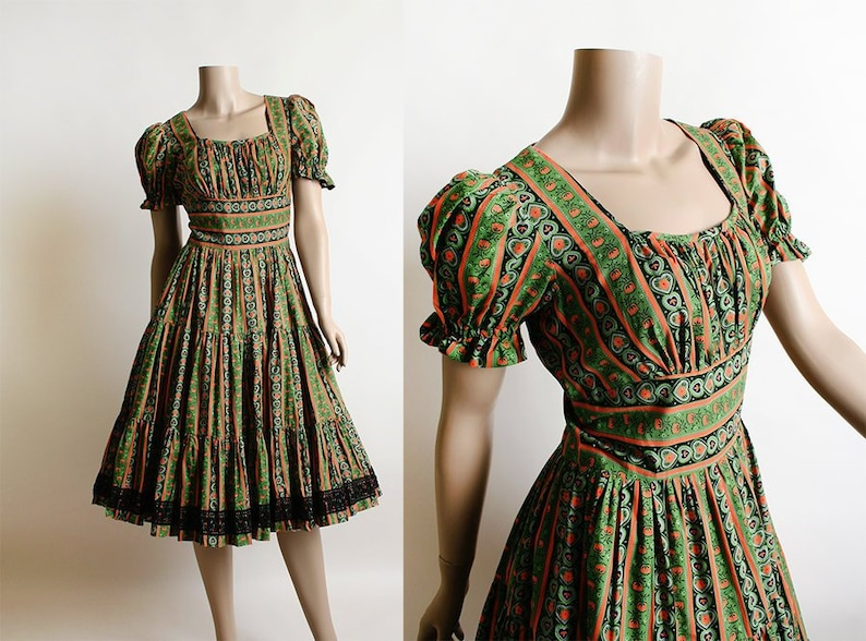 47c4e969da7 Vintage 1950s Dress Halloween Floral Orange Green   Black