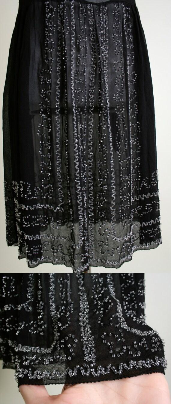 Vintage 1920s Dress - Black Beaded Cocktail Flapp… - image 4