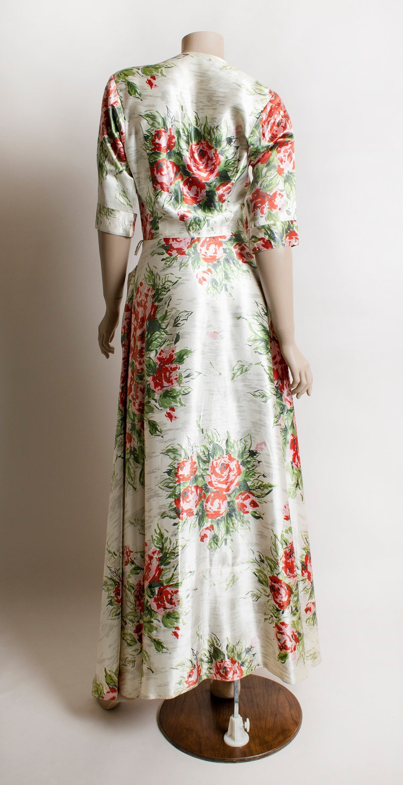 Pink White Small Vintage 1940s Dressing Gown Front Zip and Pockets Cabbage Rose Print Satin 40s Maxi Floor Length Dress