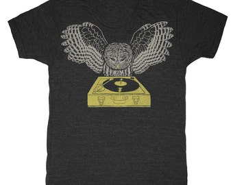 DJ Owl - Unisex Mens T-Shirt Tee Shirt Record Bird Feathers Retro Spinning Chartreuse Turntable Awesome Music Tri Black Charcoal Tshirt