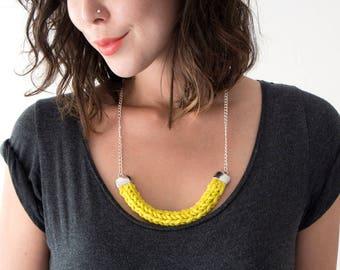 Chunky Knit Necklace // NAVY BLUE