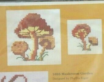 Creative Circle Needlepoint Kit 1528 Autumn Afternoon