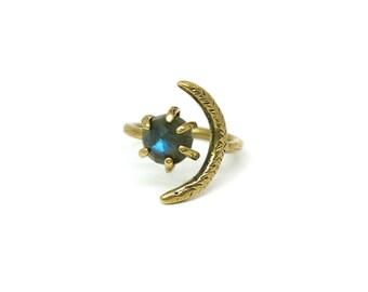 Io Ring // Labradorite