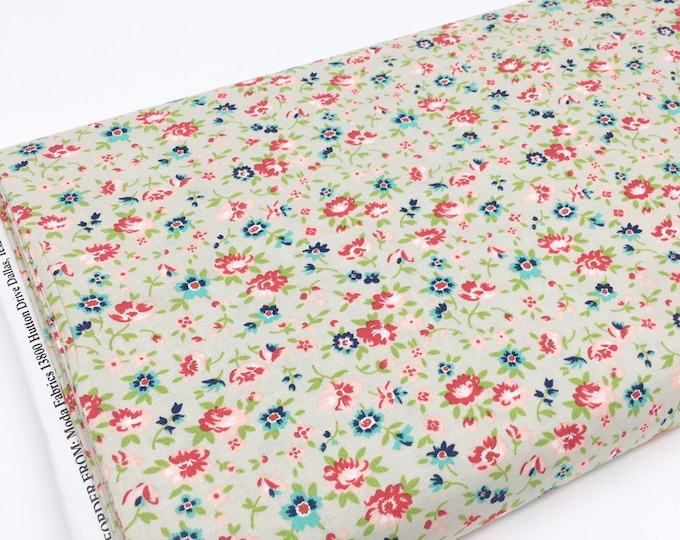 SALE fabric, Floral cotton fabric by the yard, Yardage, Quilting Sewing fabric, Gift for her, Discount fabric, Cotton fabric
