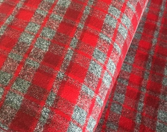Flannel Fabric, Mammoth Plaid Flannel, Gray Plaid, Red Flannel, Farmhouse decor, Christmas Plaid, Robert Kaufman, Mammoth Flannel in Red 273