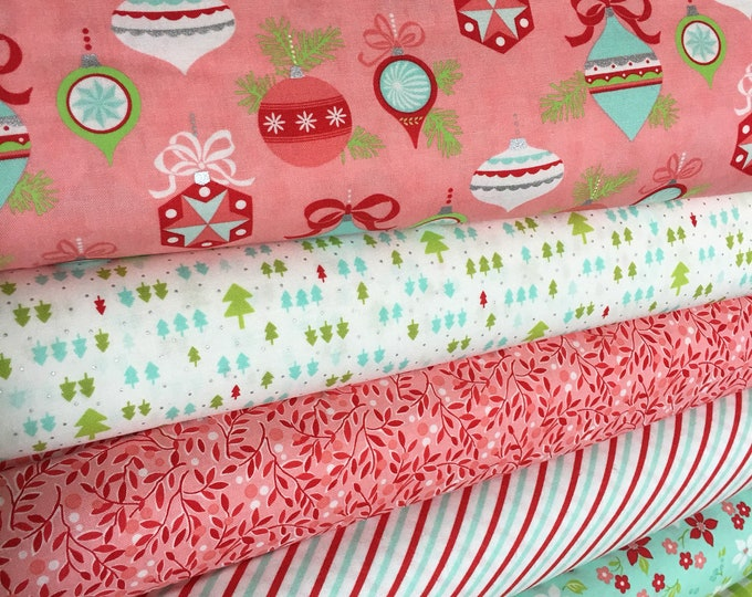 Christmas fabric bundle, Vintage Holiday by Thimble Blossoms, Camille Roskelley- Vintage Holiday Fabric Bundle of 6