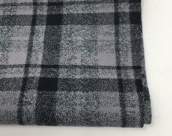 Flannel fabric, Woven black and gray Mammoth Plaid Flannel by Robert Kaufman, Mammoth Flannel in Gray 712