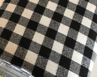 Buffalo Plaid, Farmhouse Decor, Cotton Fabric, For Plaid Pillow or Flannel Shirt, Mammoth Plaid Flannel, Robert Kaufman, Plaid Black White