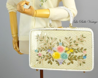 Large Vintage Wicker Purse Colorful Seashell Floral Applique Handbag ~ Pearls Gold Leaves Embroidery