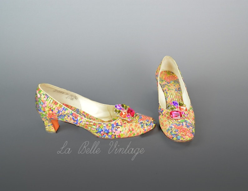 Colorful Silk Pumps US 8.5 UK 7.5 John Jerro Vintage 1960s image 0