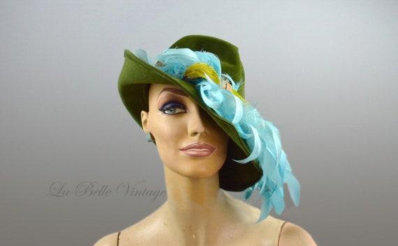 25% SALE Vintage 1930s Tilt Hat Green Wool Felt Fe