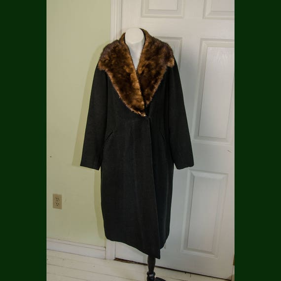 Vintage Woman's 1930's Black Wool Coat with Fur Co