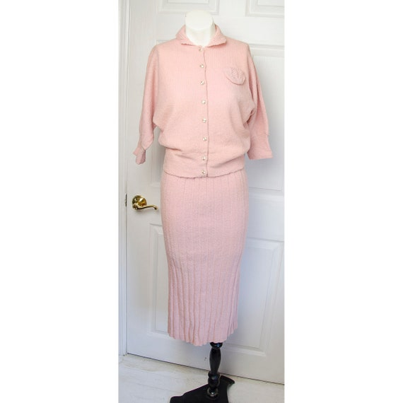 Vintage 1930's Womans Pink Wool Knit Set