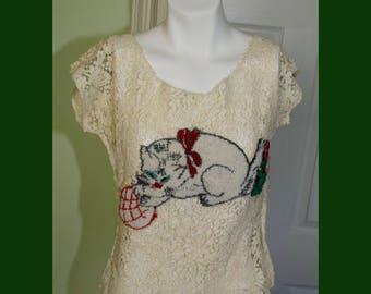Upscscaled Vintage Soutache Lace Woman's Short Sleeved Blouse with Applique Kitten