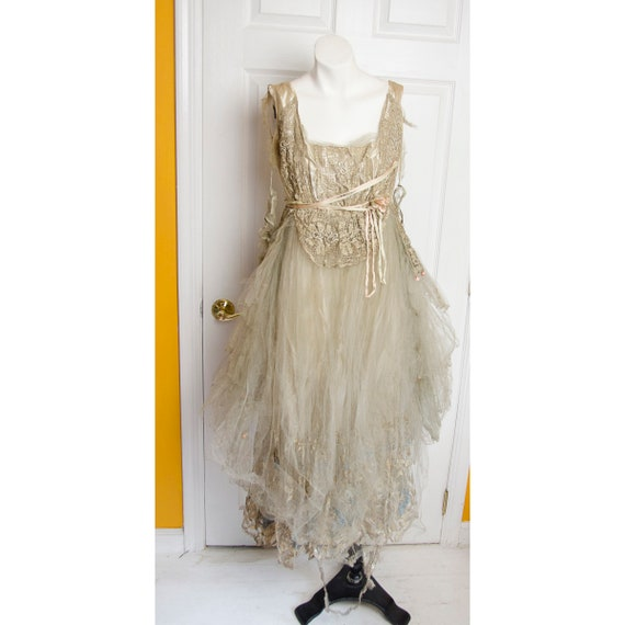 Dreamy Vintage 1920's Frothy Antique Evening Dress