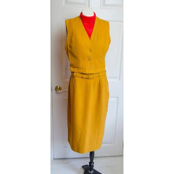 Vintage 1960's Woman's Koret of California Sleevel