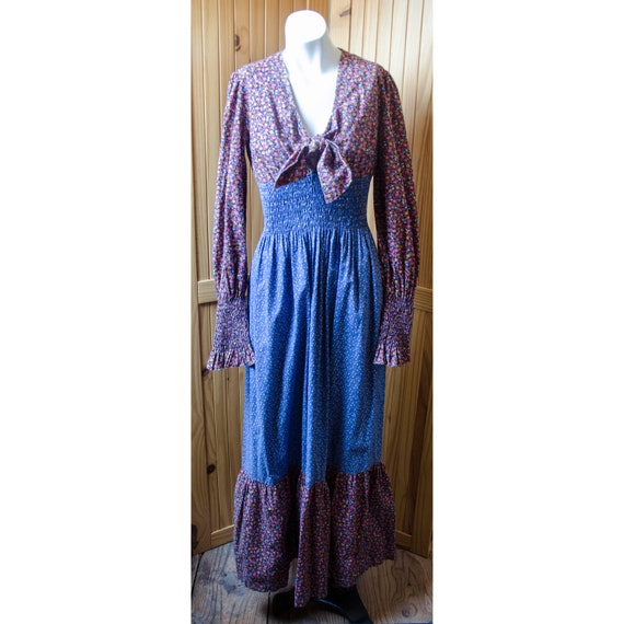 Vintage 1970's Womans Prairie Style Dress by Clima