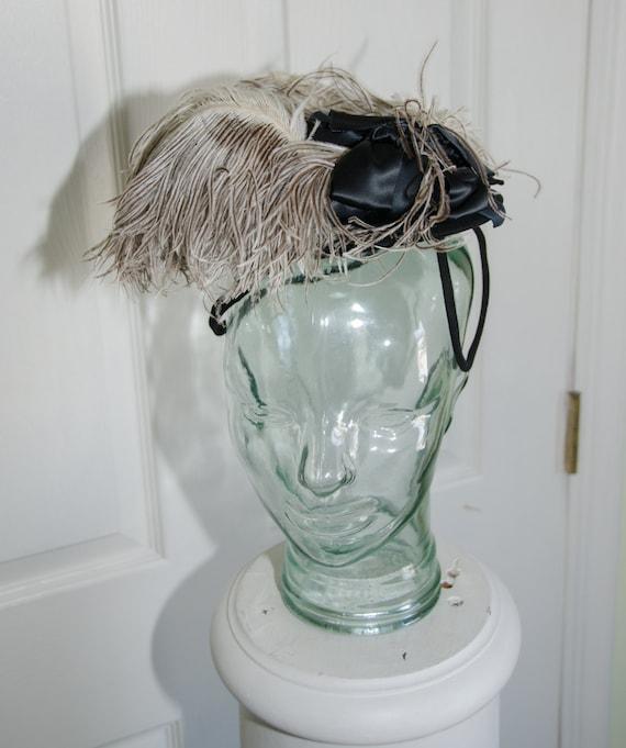 Vintage 1930's Tilt Toy Ostrich Feather Womans Hat