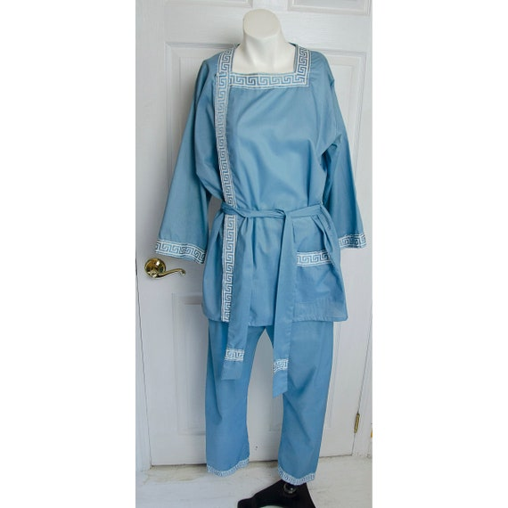 Vintage 1960's Woman's Blue Lounge Pajamas by Plee