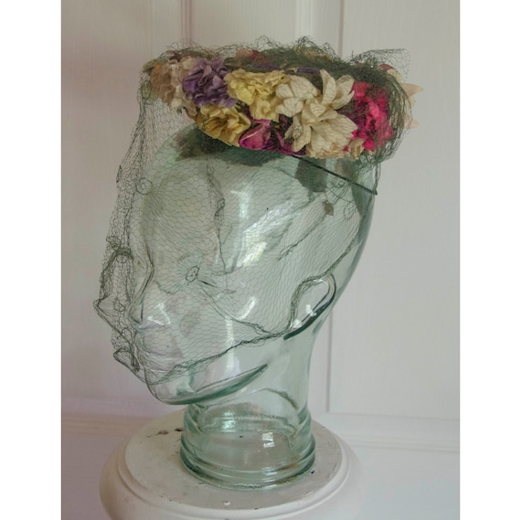 Vintage 1940's Woman's Floral Hat with Green Netti