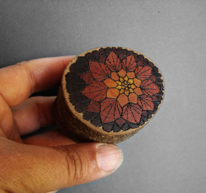 Doily Pomegranate Monarch Rustic Natural Wooden Magnolia Etsy