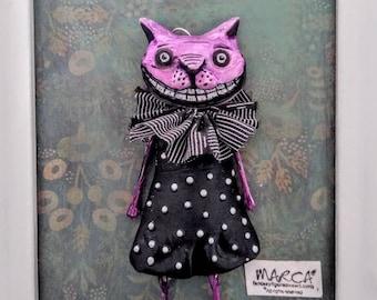 Cheshire Cat charm Alice in wonderland wall art cartoon pet wall decor embellishment quirky oddity ornament
