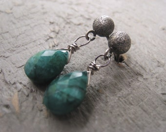 Emerald Earrings Green Teardrop Earrings AAA Gemstone Earrings May Birthstone JE2027
