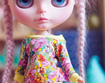 Summer Flowers sweater for Blythe dolls