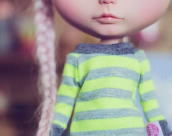 Neon Green stripes sweater for Blythe dolls