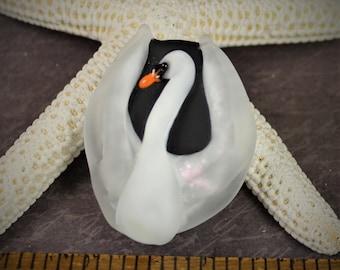 Stephanie Dielman lampwork swan focal bead