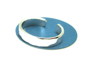 Hammered Sterling Silver Toe Ring