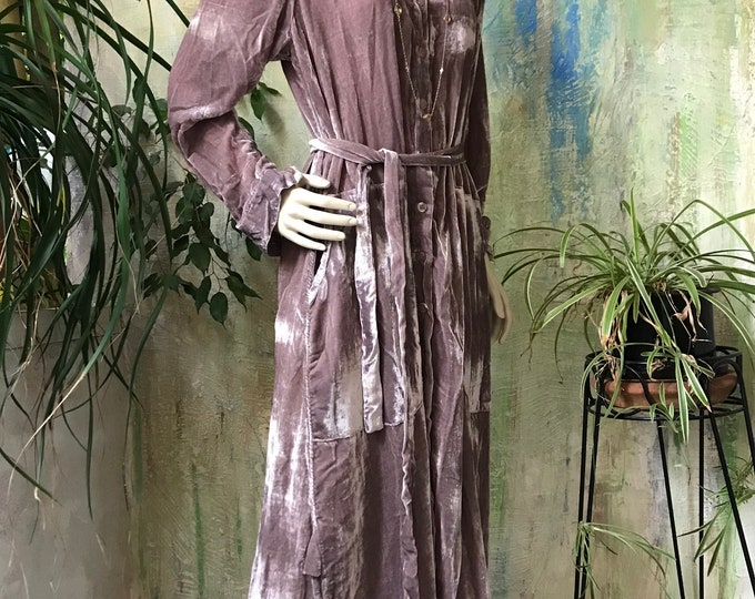 Luxurious velvet shirtdress/duster
