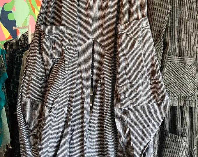 Reserved for Kathie Engineer stripe size medium pant