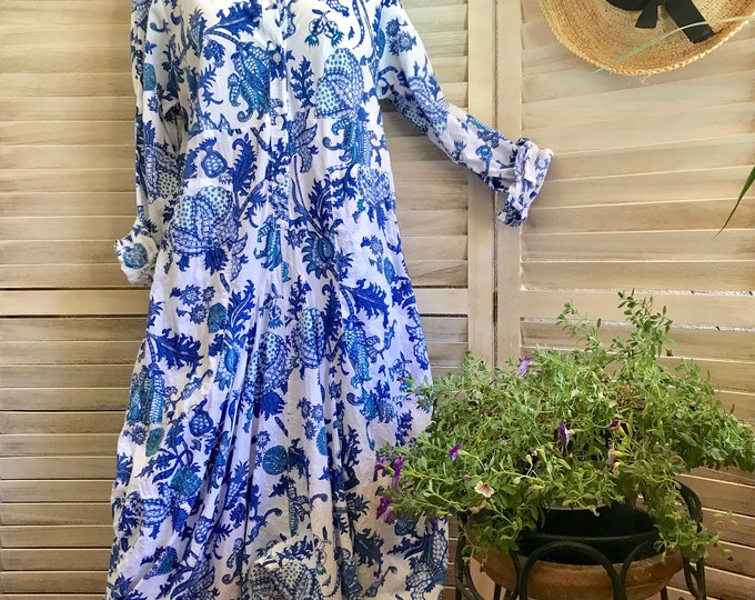 Blue floral size small funky dress with sleeves