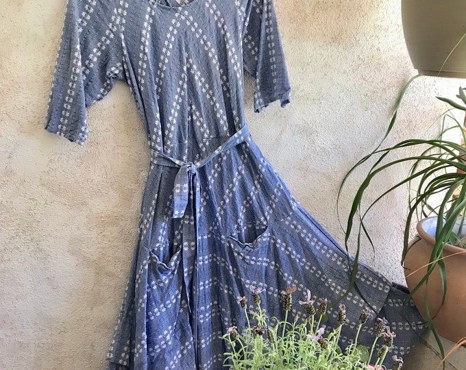 Outlander dress in textured cotton chambray in size medium