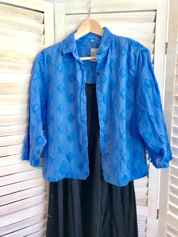 Azure blue cropped cotton shirt