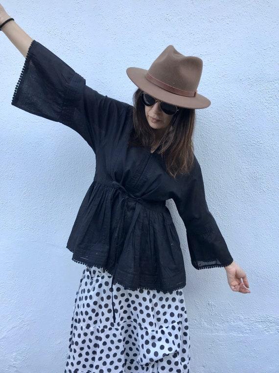 Romantic  black Japanese style cotton blouse