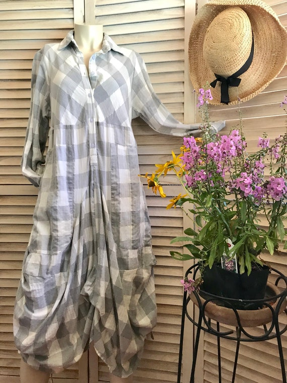 Plaid funky dress with sleeves in size small