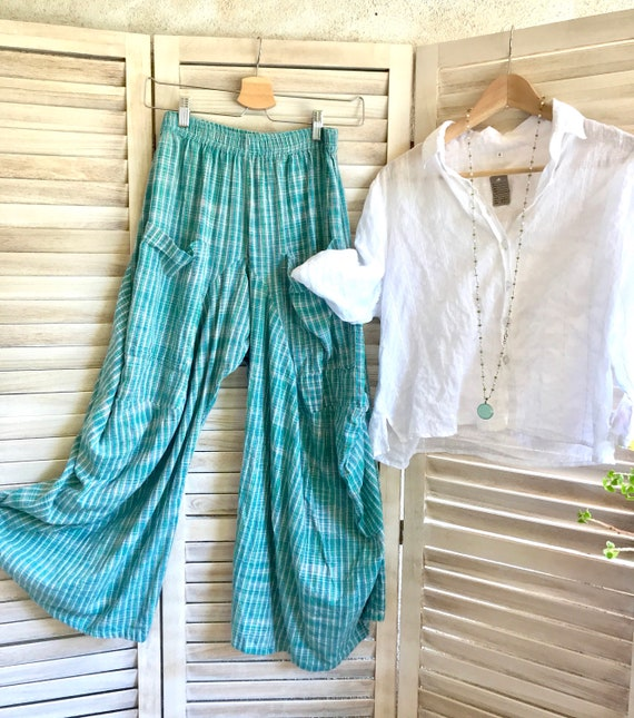 Size small cotton loose weave lagenlook pant in turquoise and green plaid