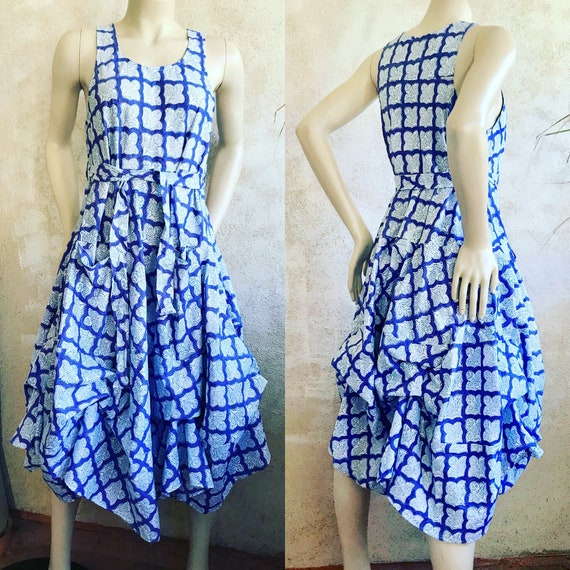 Classic flirty picnic dress with pockets