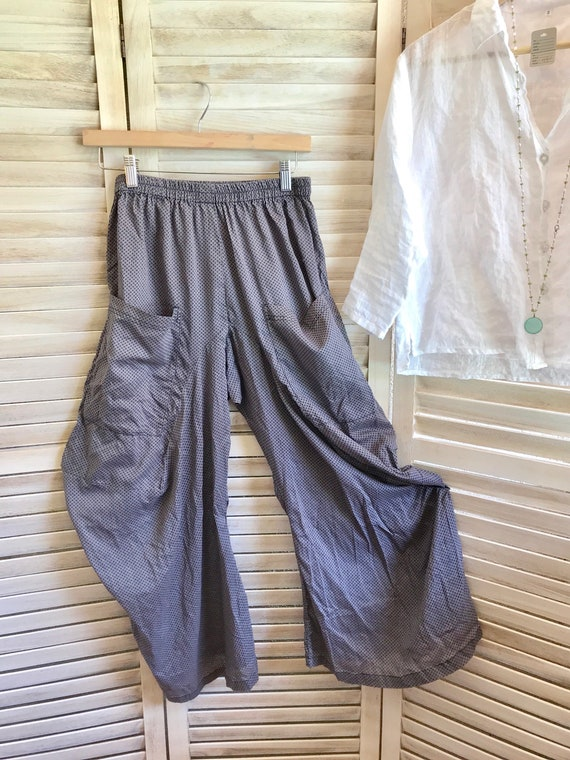 Small size cotton voile grey with black print lagenlook pants